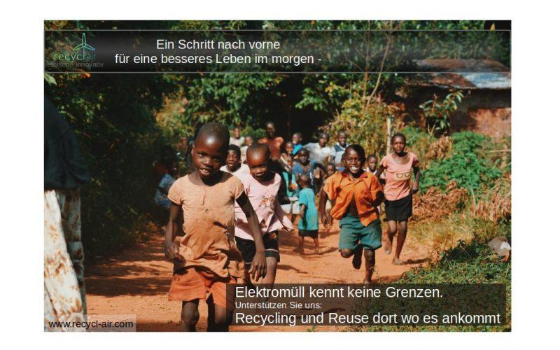 2.4 group-people-running-kid-Afika.com